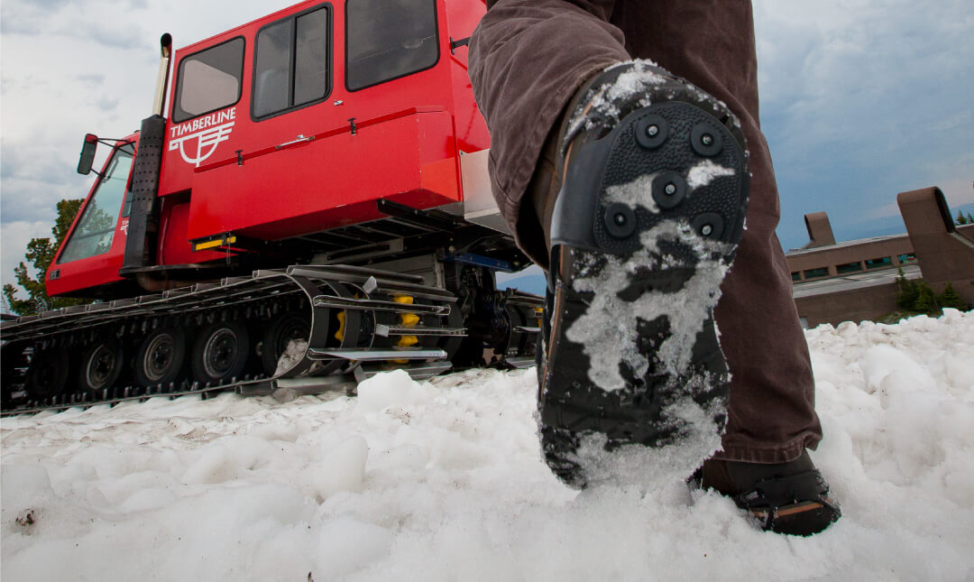 Yaktrax-Heeltrax-Ice-Snow-Traction-Device