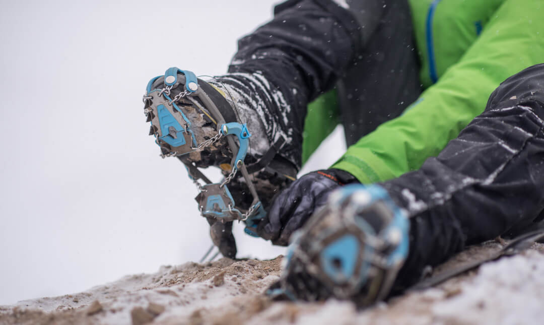 Yaktrax-Summit-Ice-Snow-Traction-Device